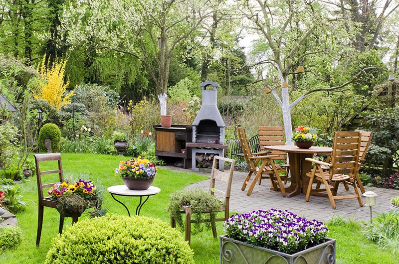 Jak Urządzić Ogród Wokół Domu Architektura I Budownictwo